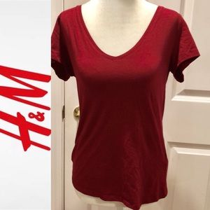 Basic red / maroon t-shirt LN H&M size: large